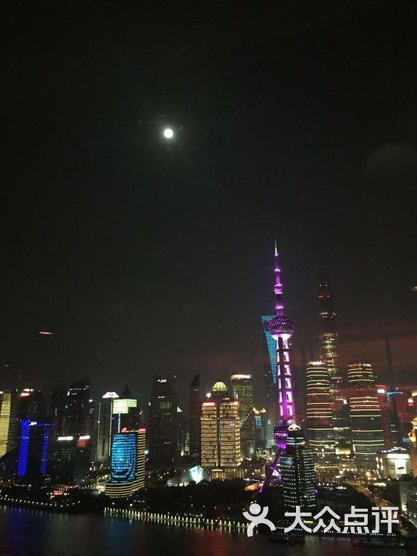 2016中秋节陆家嘴东方明珠塔夜景